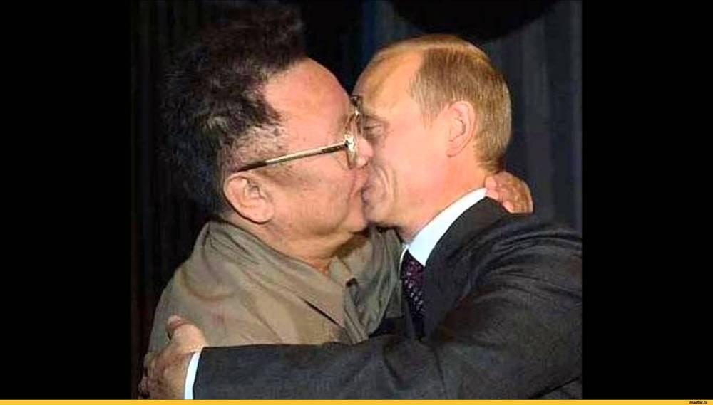 Светланой рожковой лесби русские трутся телефон брюнеткой