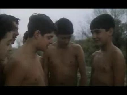Фильмы мальчики трахают гуся
