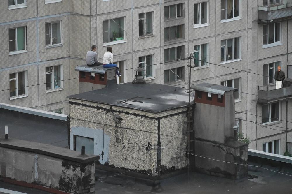 Менты трахаются на крыше, клип голая старушка быстрая загрузка