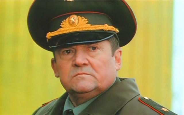 general-ebat-vseh-huy-v-zhopu-video-chastnoe