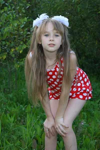 пизда юнной девочки