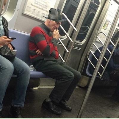 Дала незнакомцу в метро фото 572-890
