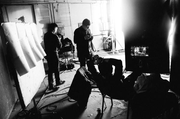 «На лабутенах и в *********** [шикарных] штанах»: как снимался клип «Ленинграда» о женской доле Ленинград, На лабутенах, Клип, Интервью, Экспонат, TJournal, Видео, Длиннопост