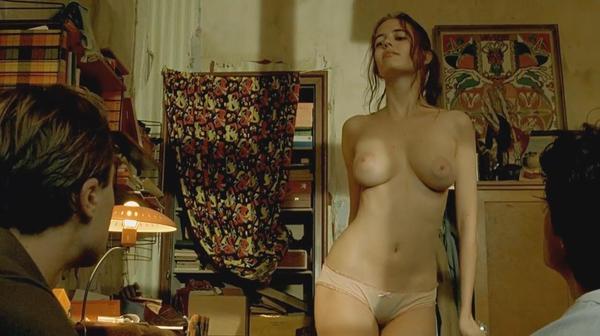 Фото голые в фильмах