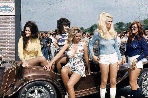 Девушки 1960-х.