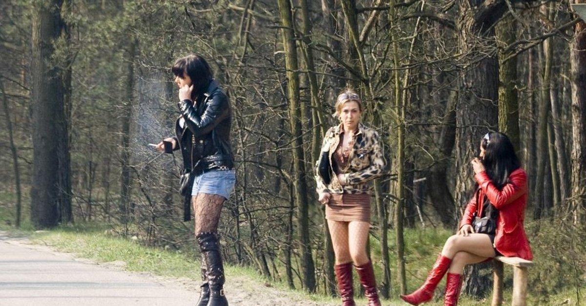 Проститутка На Трассе В России Фото