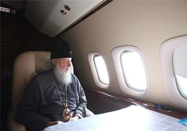 Кирилл осудил стремление людей жить хорошо. Патриарх, Кирилл, РПЦ, Роскошь