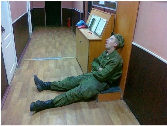 priklyucheniya-shalavi-v-armii