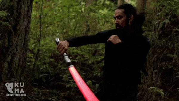 Вот это крутое владение световым мечом. (+видео в комментах)