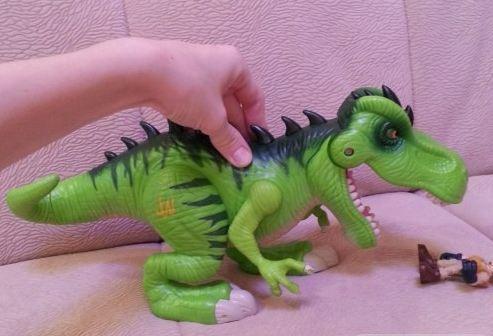 До чего реалистичность дошла... Тираннозавр, Тиранозавр, Игрушки, Динозавры, Реализм, Не мое