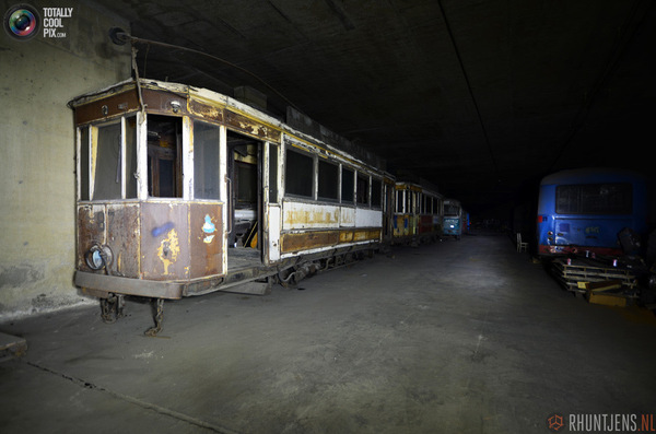 Заброшенный тоннель в Бельгии Сталк, Автобус, Тоннель, Длиннопост