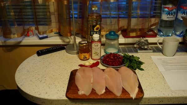 Курица в медово-смородиновом маринаде. Курица, мёд, смородина, маринад, длиннопост, еда, рецепт, кулинария
