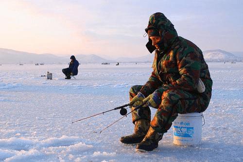 отличается ли мормышка для ловли по первому и по последнему льду