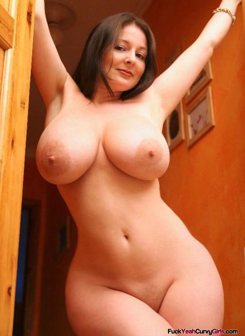 фото голые девушки широкие бедра