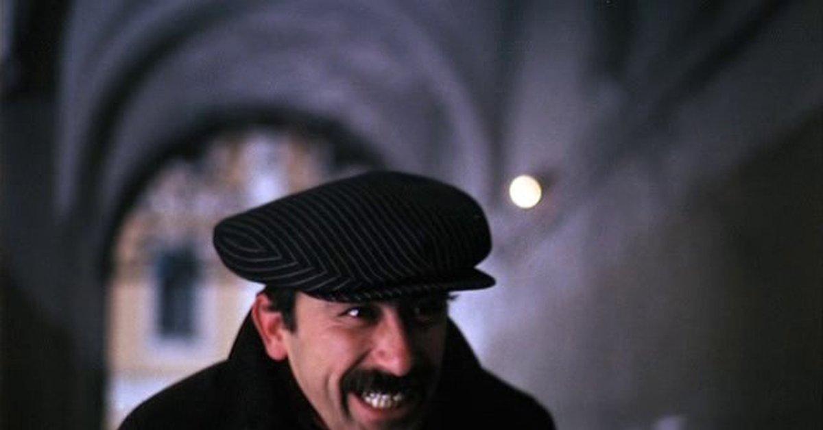 грузин в кепке фото взорвали так называемый