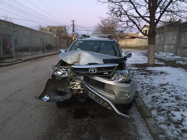Девка отрабатывает за разбитый автомобиль фото 74-206