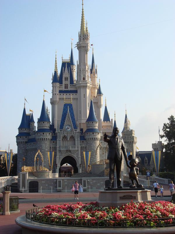 Мечты и реальность.. Walt Disney Company, Война, Реальность, Мечта, Видео, Видеомонтаж, Парк Уолт Дисней