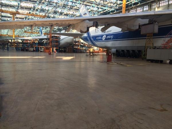 """Как делают самолеты на """"Авиастар-СП"""" Самолетостроение, Ульяновск, Как это сделано, Самолет, Авиазавод, Авиастар, Длиннопост"""
