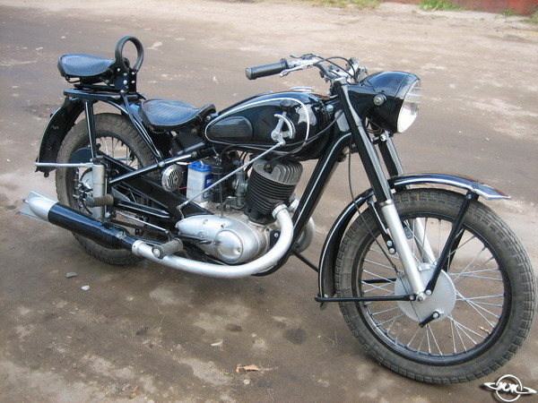 фото мотоцикла иж-49