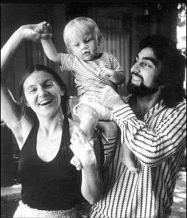 Леонардо Ди Каприо с родителями, 1970-е.