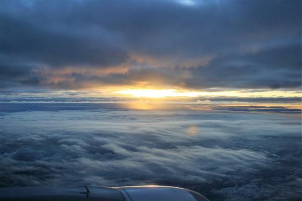 Когда получаются фотографии через иллюминатор. Небо, Самолет, Моё, Длиннопост