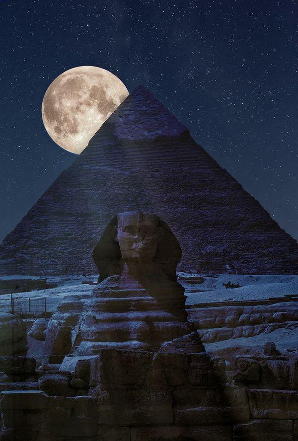 На тёмной стороне пирамиды