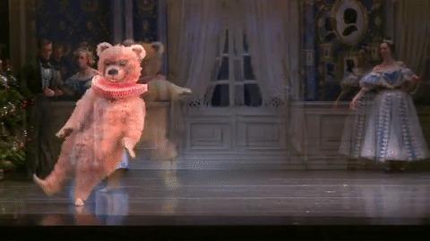 Когда ты хочешь в балет, а тебе говорят ты косолапый Балет, Медведь, Костюм, Танцы, Видео, Длиннопост, Гифка