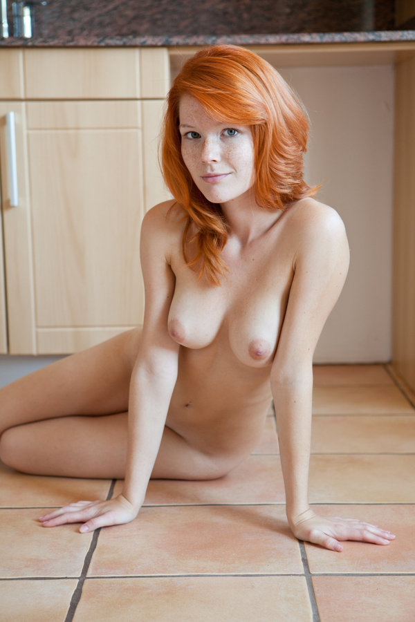 xxxphoto-redhead-anal-fissures-images