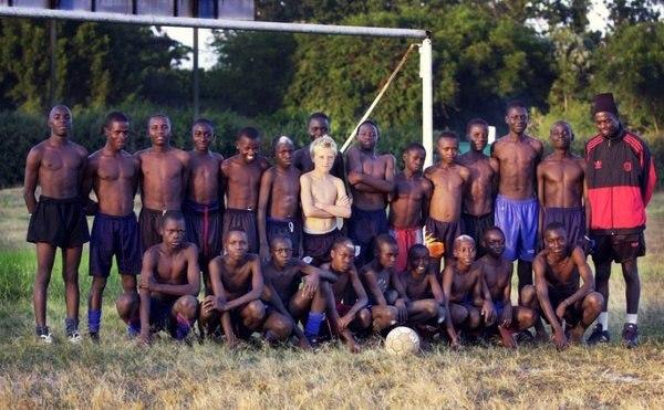 Футболист Йон Гвидетти с 10 до 13 лет воспитывался в детских клубах Кении. футбол, Детство
