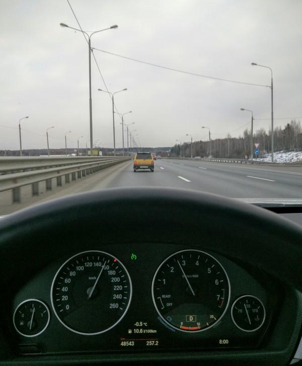 Ока, на скорости под 160км/ч. Ничего необычного...