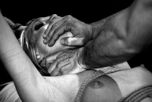 Душить во время секса