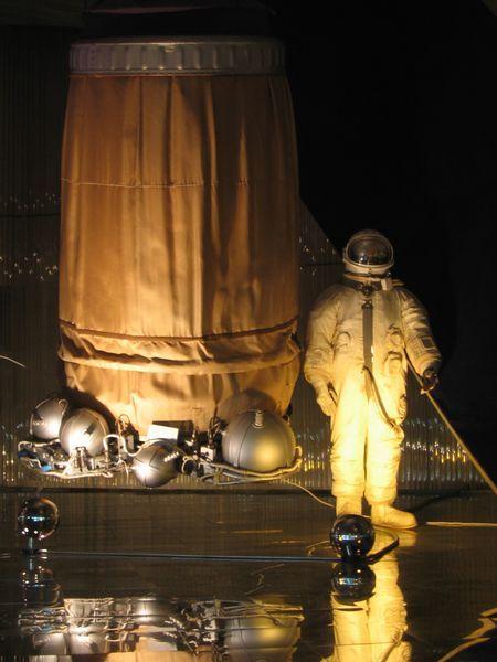 Первый выход в космос в истории человечества космос, Первый выход, Алексей Архипович Леонов, длиннопост