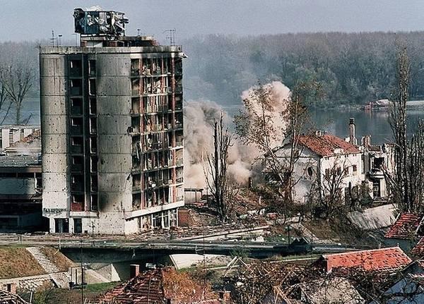 Брюссельская капуста. Югославский рецепт НАТО, Белград, Сербия, Косово, История, Бомбардировка, Длиннопост