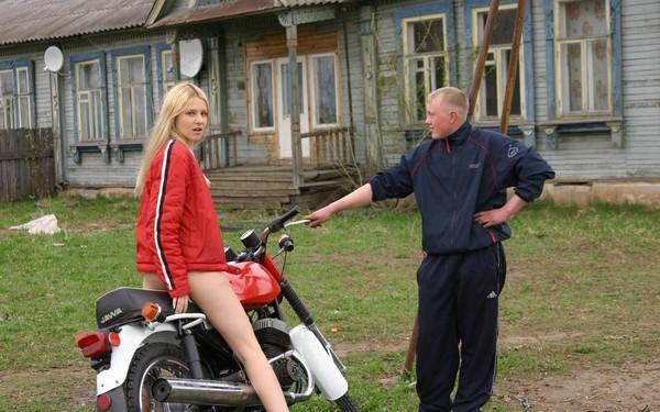 Русский секс на сельских дискотеках фото 81-715