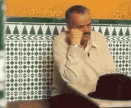 Грустный El Risitas Risitas, Пиво, Грусть, Тоска, Баян, Баянометр молчит, Из сети, Гифка
