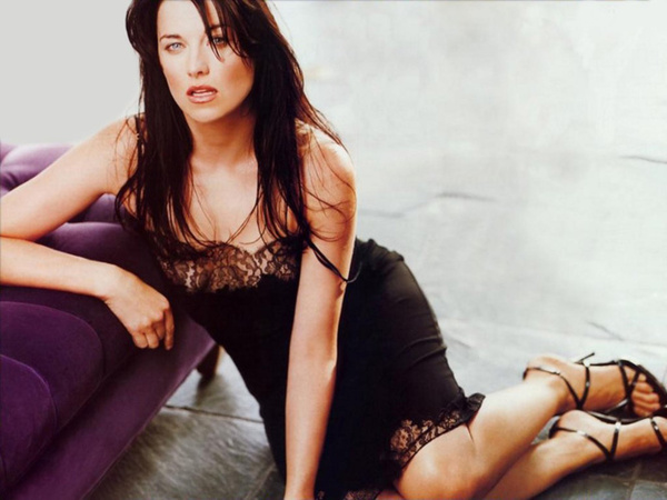 Люси лоулесс в спартаке видео, посмотреть порнушку елизавета