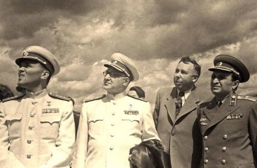 Отцы советского авиастроения Туполев, Яковлев, Микоян, Лавочкин, Самолет