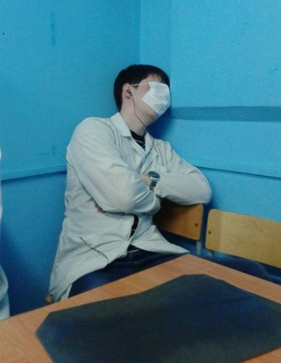 Когда учишься в медицинском и не высыпаешься по ночам