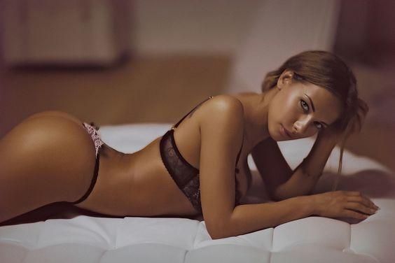 Катерина гола