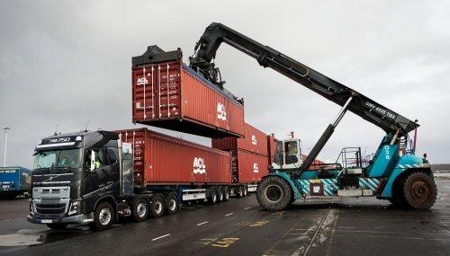 Трансмиссия, которая позволяет грузовикам Volvo тащить груз, весом в 750 тонн Volvo, Youtube, Реклама, Видео