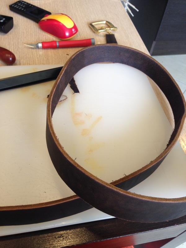Как сделать кожаный ремень из мастики ремень женский пряжкой