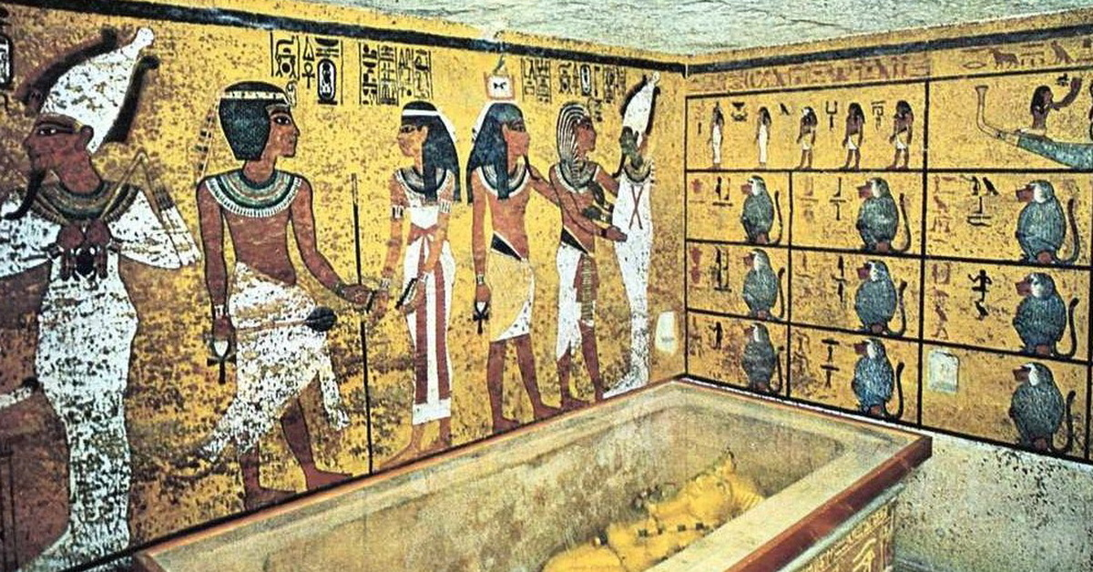 an analysis of egyptian afterlife beliefs by examining the tomb of tutankhamen and its contents