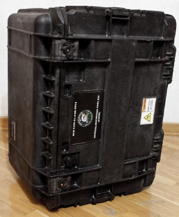 Американский кейс инструментов военного инженера весом в 56 килограмм инструмент, работа, кейс, набор, длиннопост, МЕХАНИК