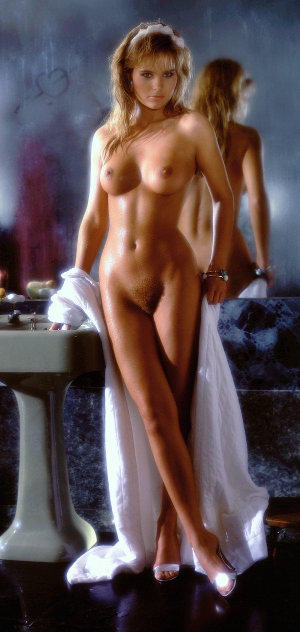 Плейбой голых девушек фото
