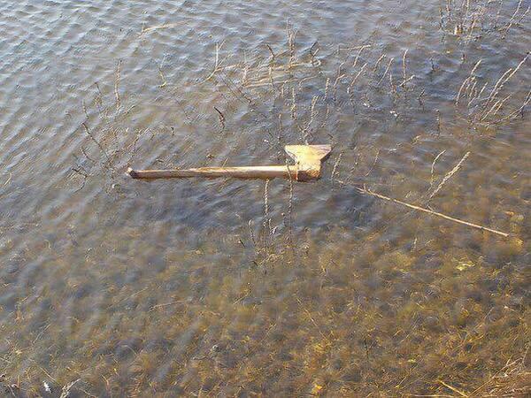 По реке плывет топор из села Кукуево...
