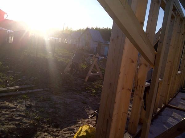 Стройка каркасного дома на УШП. Перекрытие, мансардный этаж и конек. Строительство, Дом, Своими руками, Длиннопост, Каркас, Не строитель