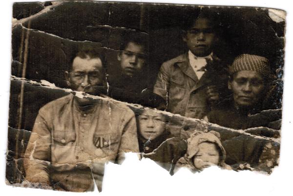 Помогите , пожалуйста , восстановить единственное фото семьи Прадеда. Помощь, Сила пикабу, Пожалуйста, Фото