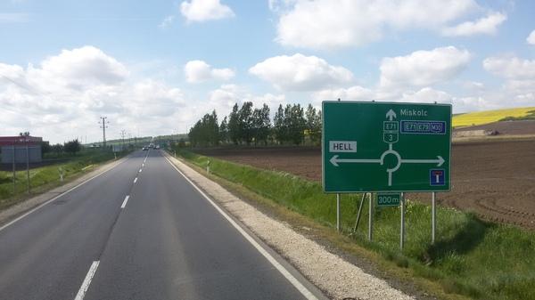 Филиал в Венгрии АД, Поворот не туда