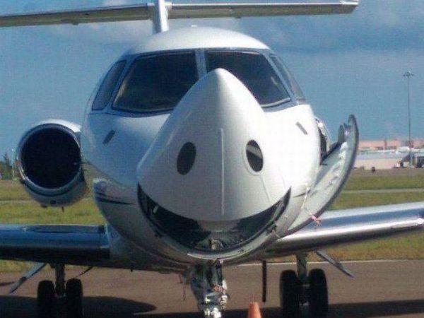 Веселый самолетик.
