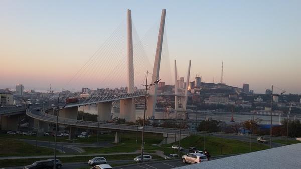 Владивосток Владивосток, Вантовый мост